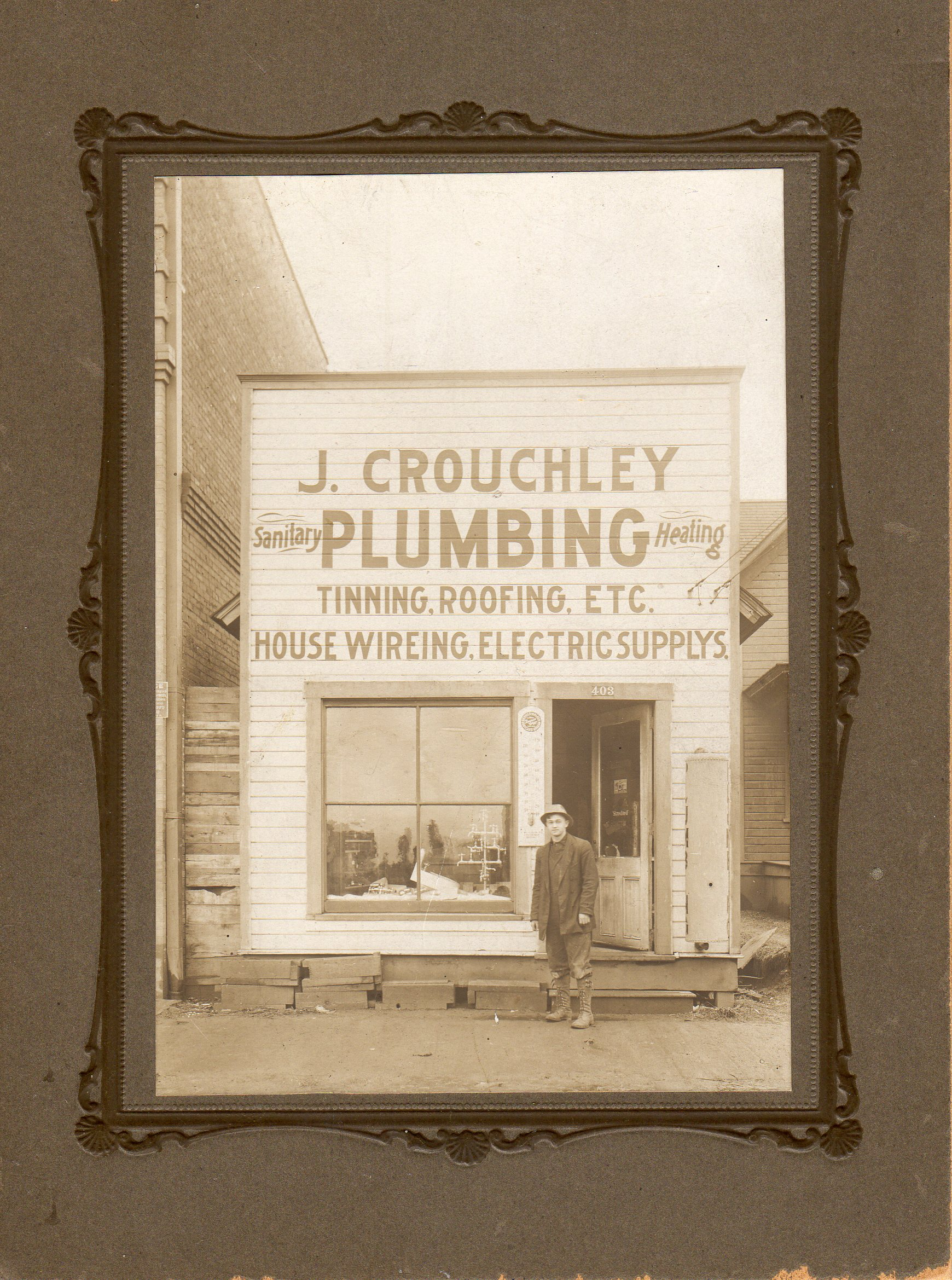 Original photo Crouchley Plumbing Earnest Crouchley  before 1910  next to 8928 N Lombard