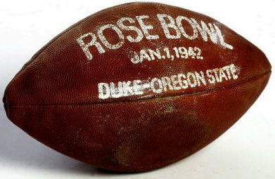 1942-rose-bowl-game-ball